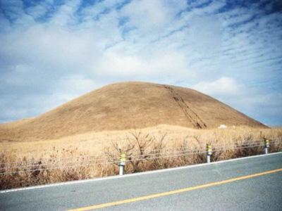 小麦粉で火山を作ろう|おもしろ科学実験室(工学のふしぎな世界 ...